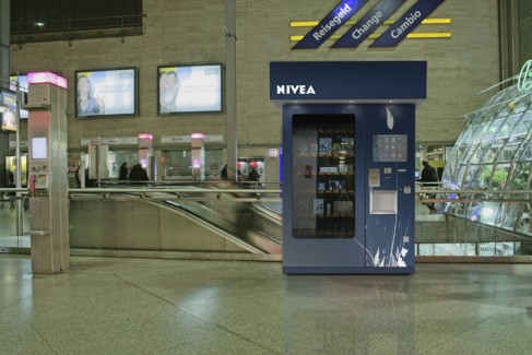 NagexUSA Nivea – Airport Vending, Automated Retailing Center