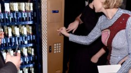 15260836_arnauds-is-getting-a-champagne-vending_ee34536d_m